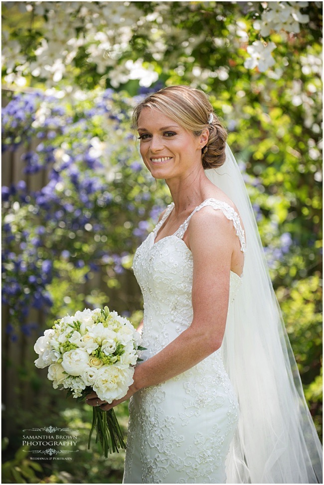 Smiling Bride - photography by Samantha brown
