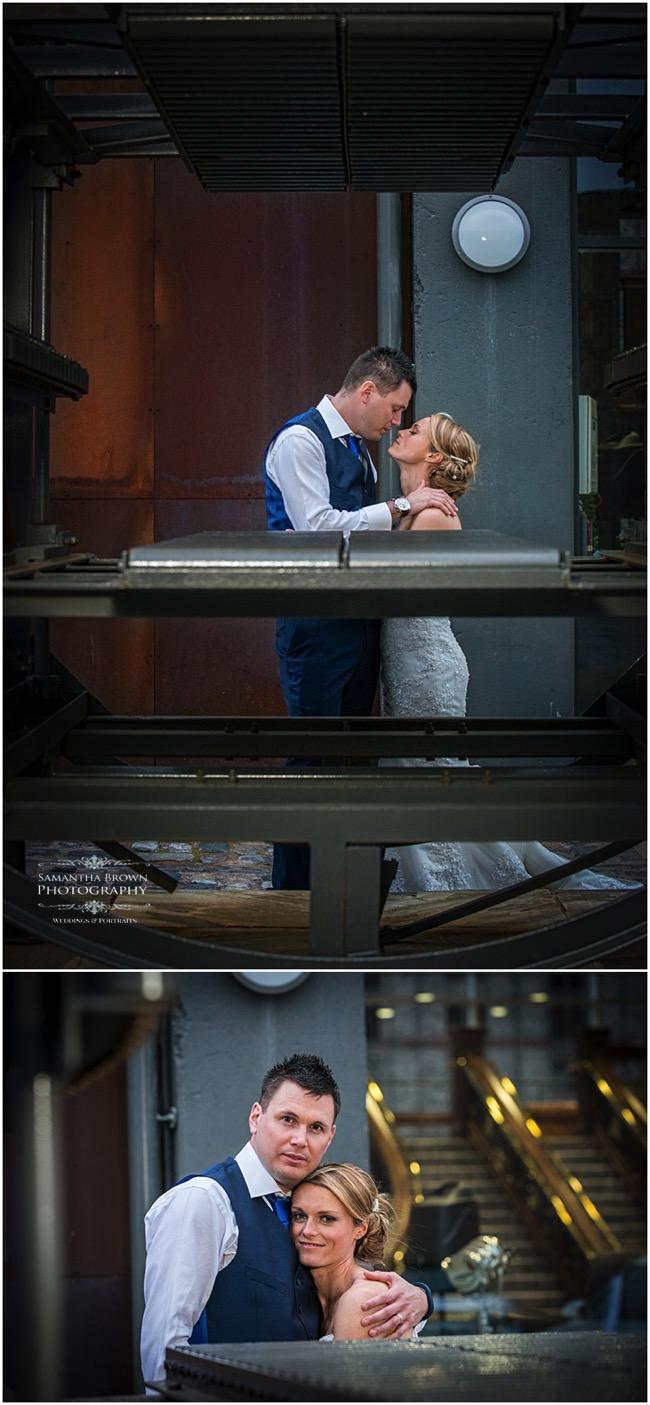 wedding couple outside the Titanic Hotel