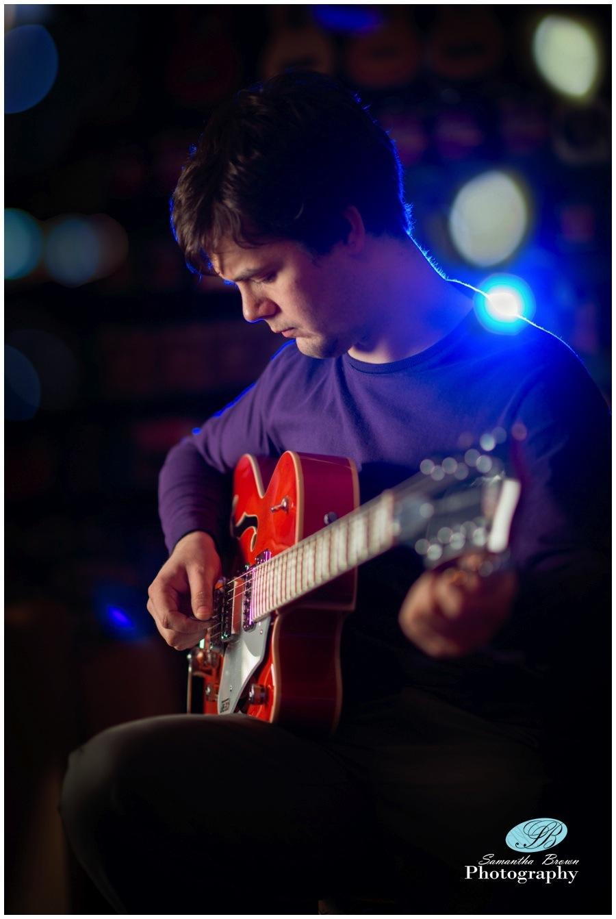 how to play harmonics on guitar acoustic