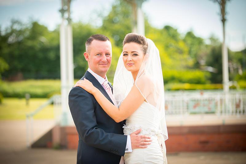 Lindsey & John's Isla Gladstone Wedding