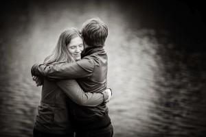 couple hugging in sefton park
