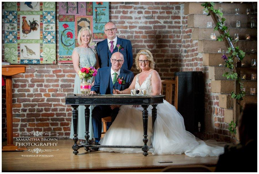wedding-photography-liverpool-by-samantha-brown_0131