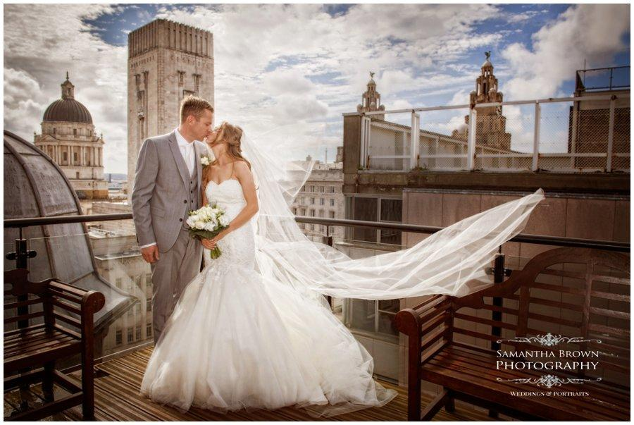 wedding-photography-liverpool-by-samantha-brown_0179