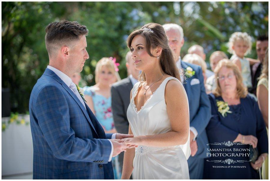 wedding-photography-liverpool-by-samantha-brown_0203